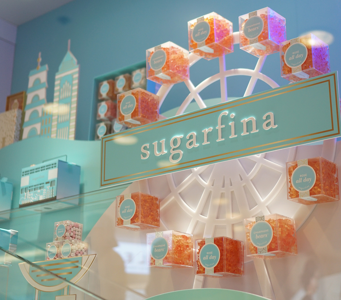 http://www.hot-kisser.com/wp-content/uploads/2019/05/20180718-Sugarfina-VM-Thumbnail.jpg